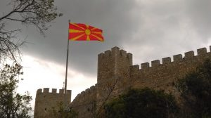 eray-önler-macedonia-flag
